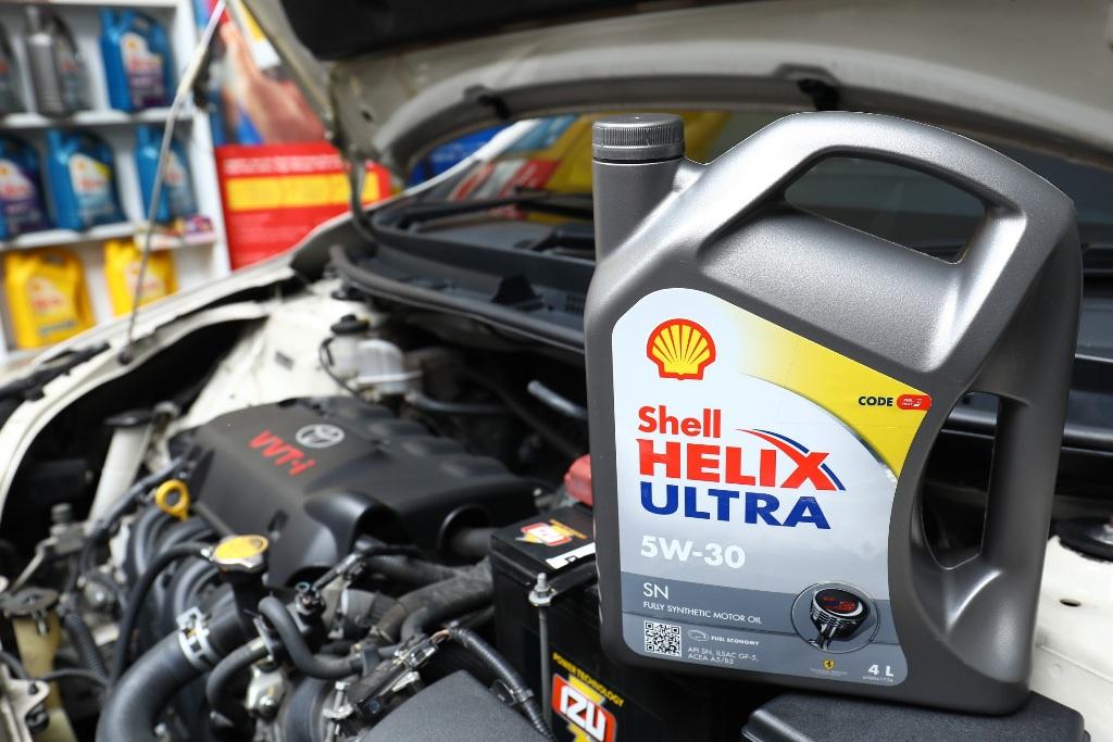 New Shell Helix Ultra 5W 30