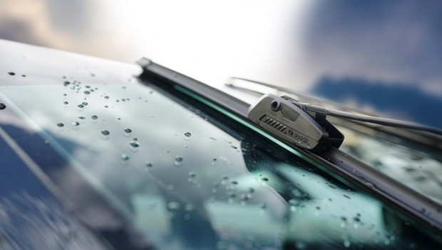 Bosch-Clear-Advantage-Wiper-2-LowRes-620x350