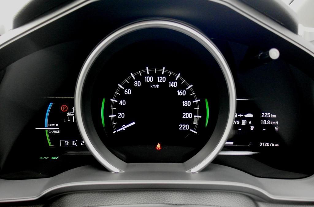 Honda Jazz Sport Hybrid 01