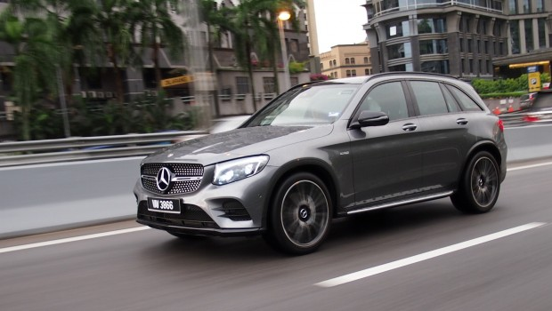 Mercedes-GLC43-AMGP1018452-620x350